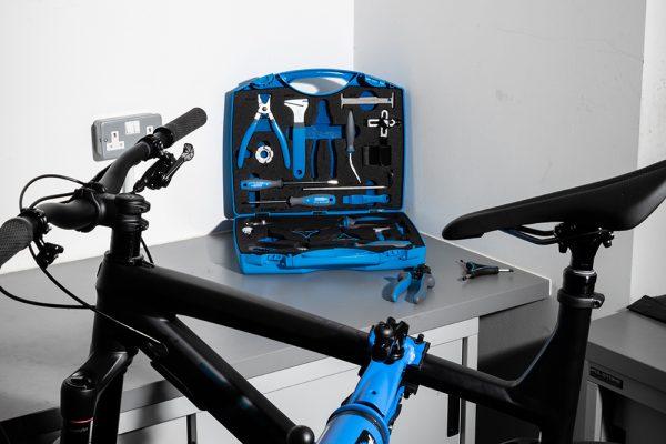 niezbędne narzędzia rowerowe do serwisu domowego