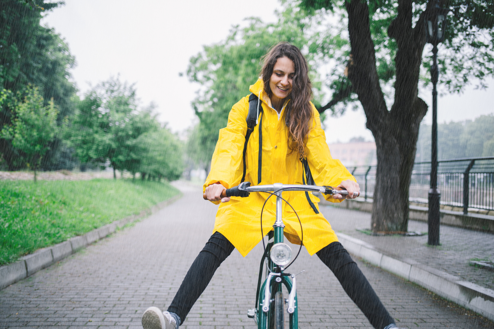 czyszczenie roweru w deszczowe lato