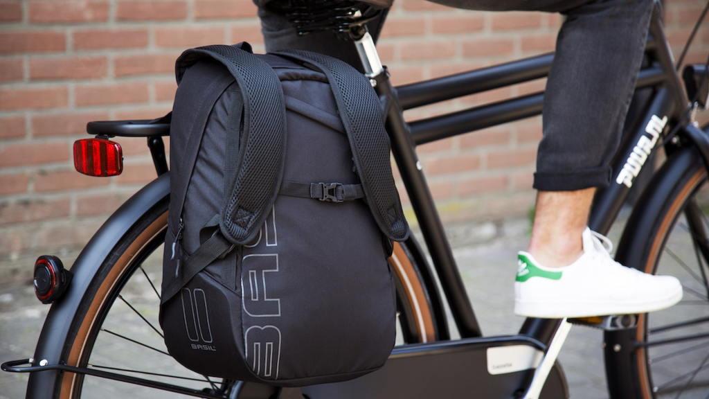 Plecak rowerowy z możliwością przyczepienia do bagażnika