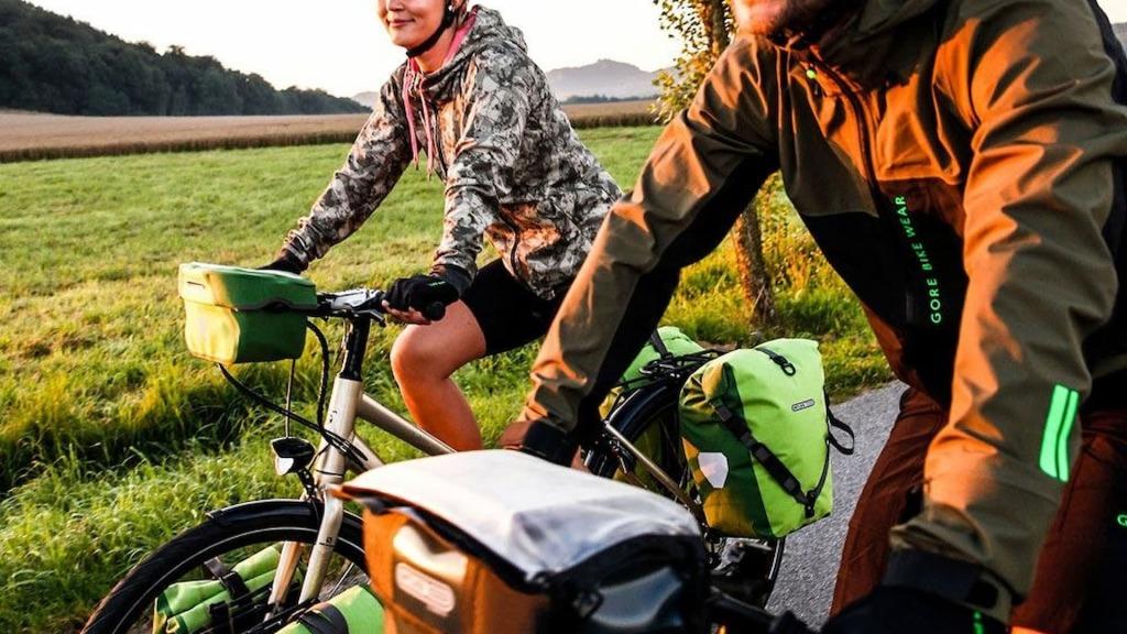 mapnik rowerowy z torbami ortlieb