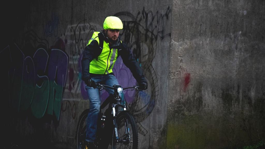 Odblaski na rower to niezbędne akcesorium