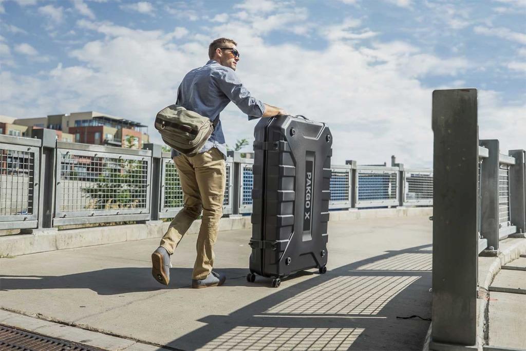 walizka do transportu roweru pozwala wygodnie transportować rower